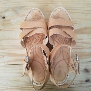 Born wedge sandal